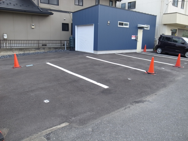 【予約制】軒先パーキング t.parking image