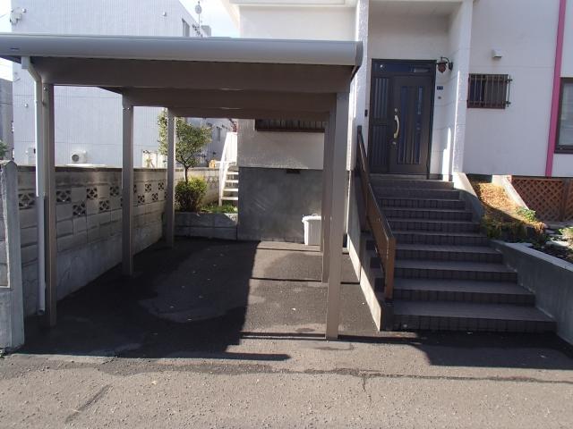 【予約制】軒先パーキング 新道東駅駐車場 image