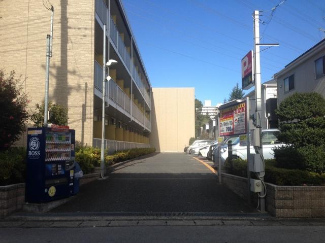 【予約制】軒先パーキング ホワイト急便駐車場 image