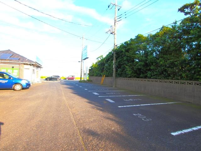 【予約制】軒先パーキング アパマンショップ神栖店駐車場 image