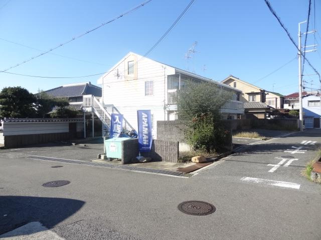 【予約制】軒先パーキング レオパレス滝谷駐車場 image