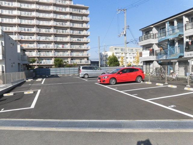 【予約制】軒先パーキング 八尾壱番館駐車場 image