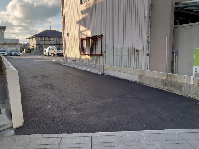 【予約制】軒先パーキング 上福原5丁目かえる駐車場 image