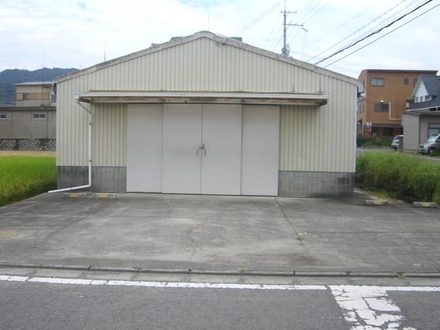 北野 農業倉庫前駐車場