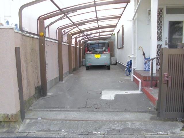 【小型専用】七里ヶ浜東駐車場
