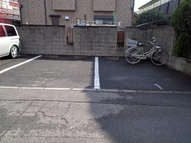第二東恋ヶ窪3丁目駐車場