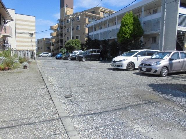 セジュールかとう駐車場