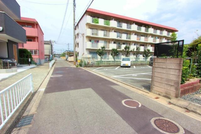 清水ハイツ駐車場2