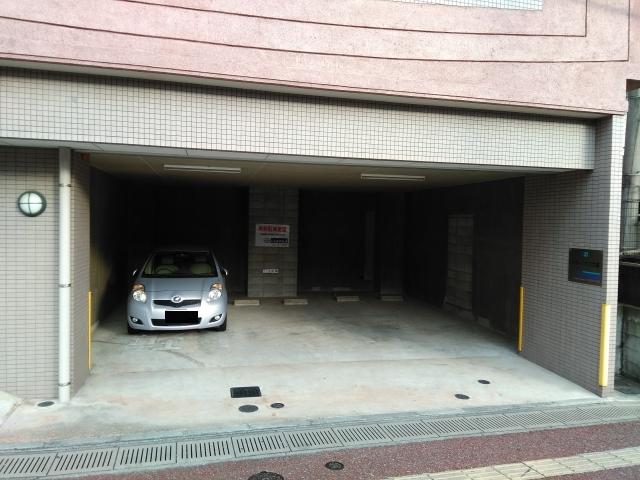 シティハウス大濠駐車場