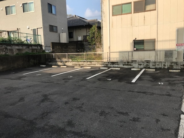 【ミクスタ・小倉駅徒歩圏内】クローバー駐車場