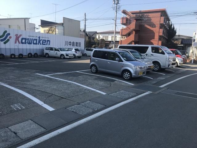 川中島建設 駐車場