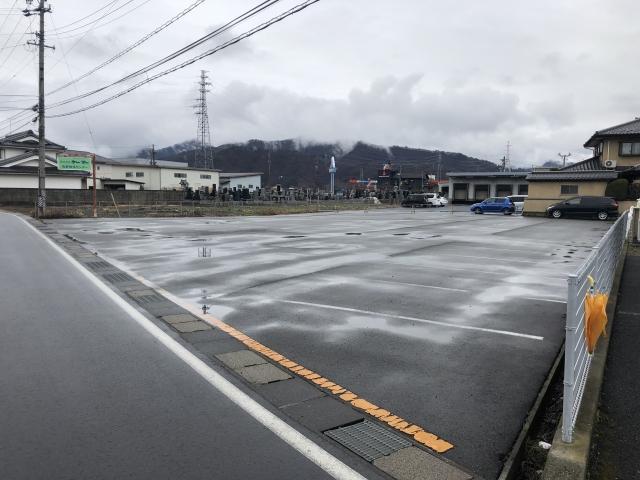 株式会社ケーツー 駐車場