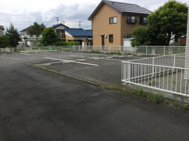 梅名溝田駐車場