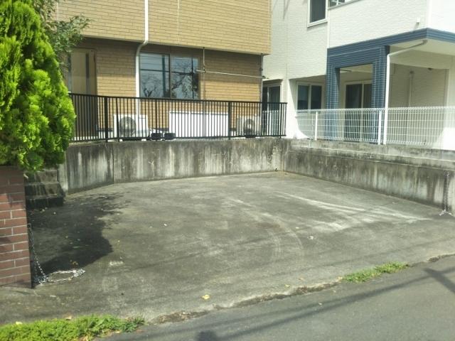 【軽小型専用】荒巻小学校前駐車場