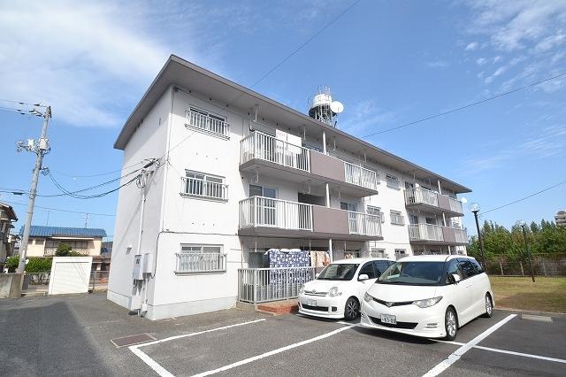 K's B東岡山敷地内駐車場