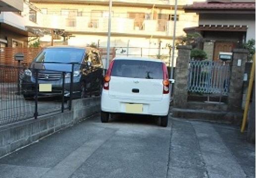 相武台2-1-23付近駐車場