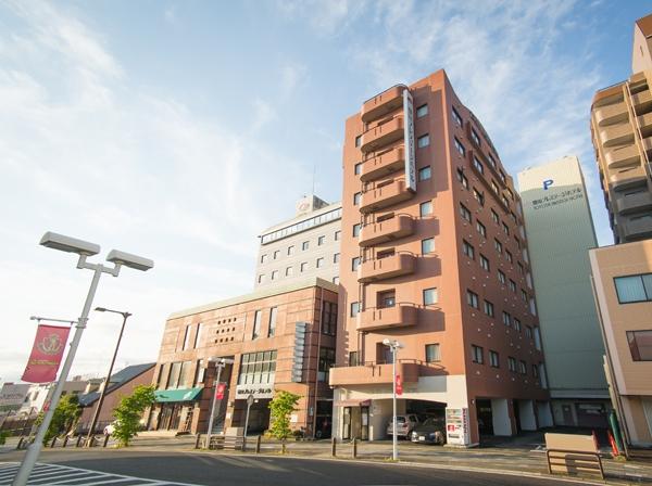 豊田プレステージホテル 1F駐車場