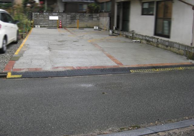【土日祝日のみ】糀町2丁目駐車場