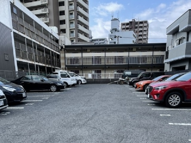 COCO駐車場